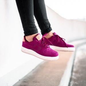 New Nike Air Force 1 '07 Premium in Berry